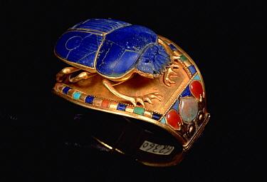 King Tut's bracelet with scarab, Cairo Museum, Egypt  -  Mark Moffett