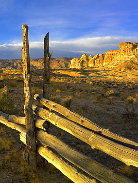 Sandstone formations and wooden fence, Kaiparowits Plateau, Grand Staircase-Escalante National Monument, Utah  -  Tim Fitzharris