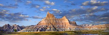 Landscape showing erosional features in sandstone, Badlands National Park, South Dakota  -  Tim Fitzharris