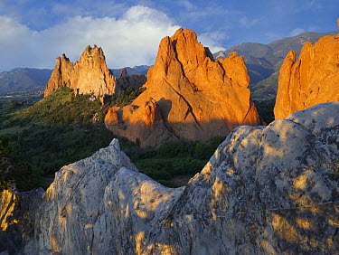 Gray Rock and South Gateway Rock, conglomerate sandstone formations, Garden of the Gods, Colorado Springs, Colorado  -  Tim Fitzharris