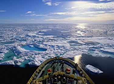 Icebreaker in arctic, Canada  -  Konrad Wothe