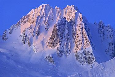 Snow-covered peaks of Takhinsha Mountains, Glacier Bay National Park and Preserve, Alaska
