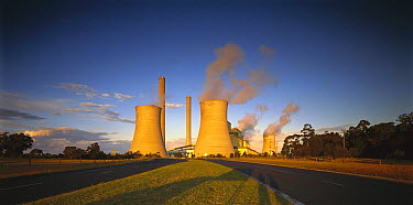 Loy Yang power station, coal burning facility, Latrobe Valley, Victoria, Australia  -  Jean-Marc La Roque/ Auscape