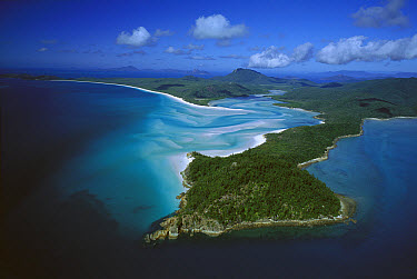 Tongue Point, Hill Inlet and Whitehaven beach, Whitsunday Island, Whitsunday group, Great Barrier Reef Marine Park, Queensland, Australia  -  Jean-Paul Ferrero/ Auscape