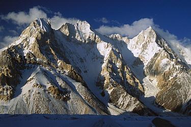 Lower Gasherbrum peaks showing glacial cirques (Bowl shaped basin) and valley glaciers, Baltoro Glacier, Karakoram Mountains, Pakistan  -  Colin Monteath/ Hedgehog House