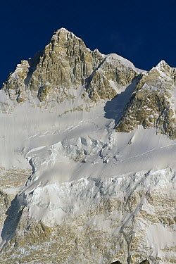 Kangchenjunga, Talung face from Dzong Ri, 8585 meters, most easterly of the world's fourteen 8000 metre peaks, Sikkim Himalaya, India  -  Colin Monteath/ Hedgehog House