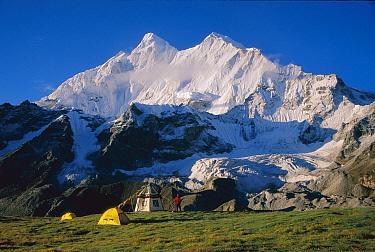 Campsite under Chomolonzo, Pethang Ringmo terrace, Khangshung Glacier, Tibet  -  Colin Monteath/ Hedgehog House