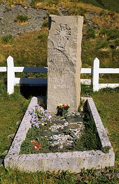 The grave of British explorer Ernest Shackleton, South Georgia Island  -  Flip de Nooyer