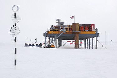 Research base, Brunt Ice Shelf, Antarctica  -  Jan Vermeer