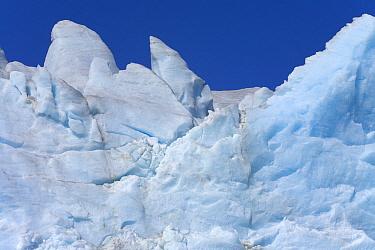 Graphic forms of blue ice, seracs and cracks, Fortuna Glacier, South Georgia Island, Southern Ocean, Antarctic Convergence  -  Yva Momatiuk & John Eastcott