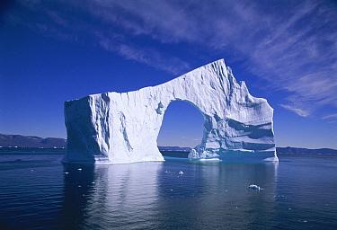 Iceberg with arch, Disko Bay, Greenland  -  Hanne & Jens Eriksen/ npl