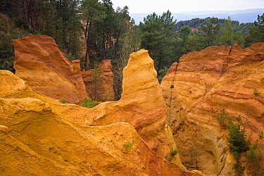 Ochre quarry of Roussillon, Provence, southern France  -  Konrad Wothe
