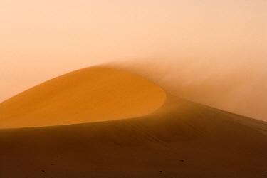 Sandstorm in the Namib Desert, Swakopmund, Namibia  -  Chris Stenger/ Buiten-beeld
