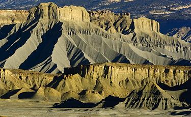 Eroded sandstone bluffs, Henry Mountains, Utah  -  Yva Momatiuk & John Eastcott