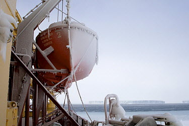 Lifeboat of the Russian icebreaker Kapitan Khlebnikov, Antarctica  -  Rob Reijnen / NiS