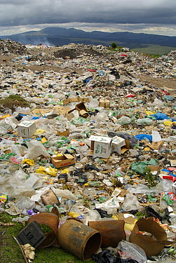 Uncontrolled landfill with large amount of plastic, Guatemala  -  Albert Lleal