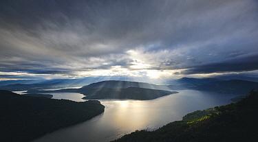 Maple Bay seen from from Mount Maxwell, Salt Spring Island, British Columbia, Canada  -  Matthias Breiter