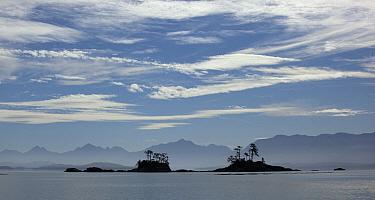 Franklin Range overlooking island group along Johnstone Strait, British Columbia, Canada  -  Matthias Breiter