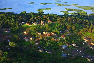 Housing development, Bastimentos National Marine Park, Bocas del Toro, Panama  -  Christian Ziegler