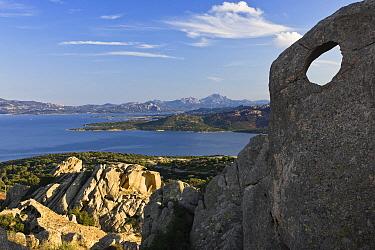 Granite rock formations, Capo Testa, northern Sardinia, Italy  -  Konrad Wothe