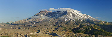 View of Mount St Helens from Johnston Ridge, Mount St Helens Volcanic National Monument, Washington  -  Kevin Schafer