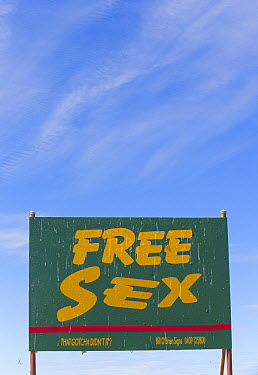 Free Sex roadside billboard, Queensland, Australia  -  Yva Momatiuk & John Eastcott