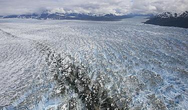 Hubbard Glacier, Gilbert Point, Wrangell-St. Elias National Park, Alaska  -  Matthias Breiter