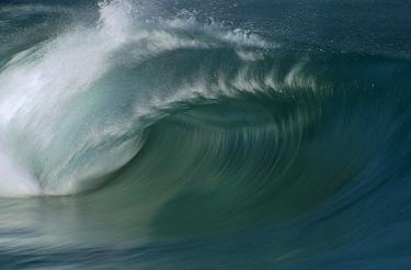 Breaking wave, speed blur  -  Bob Barbour
