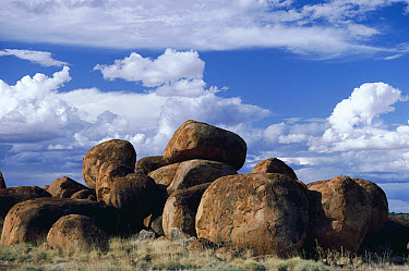 Devil's Marbles, site sacred to aboriginal Australians, Northern Territory, Australia  -  Michael & Patricia Fogden