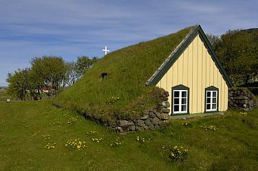 Church with sod roof, Hof, Iceland  -  Dirk-Jan van Unen/ Buiten-beeld