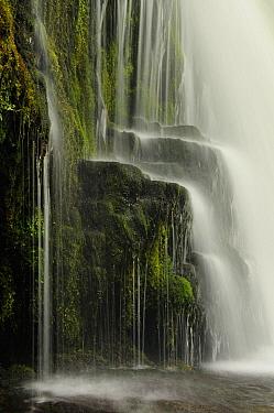 Waterfall, Pontneddfechan, Wales  -  Bendiks Westerink/ Buiten-beeld