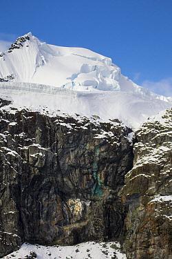 Copper deposit on rocks, Almirante Brown, Paradise Bay, Antarctic Peninsula, Antarctica  -  Matthias Breiter
