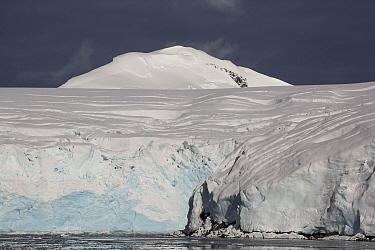 Glaciated peaks, Anvers Island, Antarctic Peninsula, Antarctica  -  Matthias Breiter