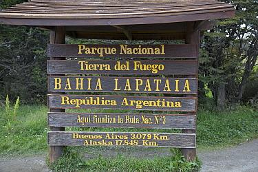 Park sign, Tierra del Fuego National Park, Argentina  -  Matthias Breiter