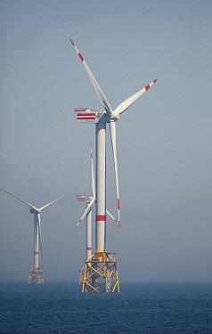 Offshore windmills, Belgium  -  Karl Van Ginderdeuren/ Buiten-be