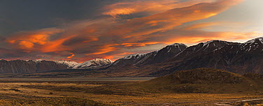 Windblown clouds at sunset, Rangitata River Valley, Canterbury, New Zealand  -  Colin Monteath/ Hedgehog House