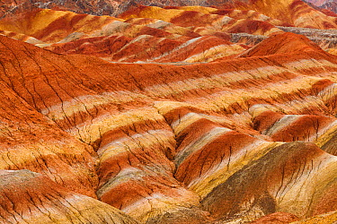 Eroded hills of sedementary conglomerate and sandstone, Zhangye, China  -  Chris Stenger/ Buiten-beeld
