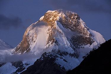 Snow-covered peaks, Huscaran Mountain, Cordillera Blanca, Peru  -  Cyril Ruoso