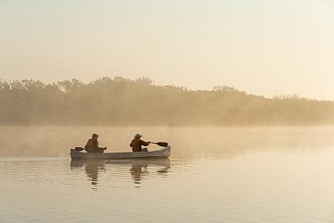 Canoeists at dawn, Everglades National Park, Florida  -  Scott Leslie