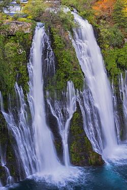 Burney Falls, McArthur-Burney Falls Memorial State Park, California  -  Jeff Foott