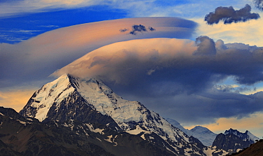 Wind cloud at sunset over summit ridge, Aoraki/ Mount Cook, from Tasman Point, Mount Cook National Park, South Island, New Zealand