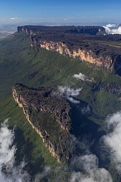 Clouds between tepuis, Mount Roraima, Pacaraima Mountains, Guyana