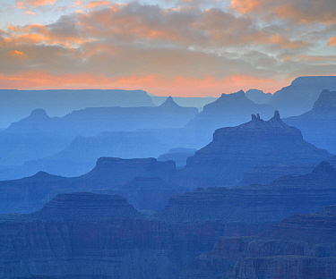 Angels' Gate and Zoroaster Temple from Navajo Point, Navajo Point, Grand Canyon National Park, Arizona