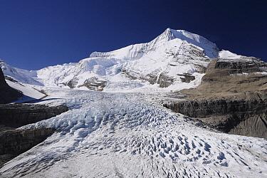 Mount Robson and Robson Glacier, Mount Robson Provincial Park, Canada