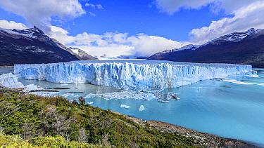 Terminal moraine, Perito Moreno Glacier, Los Glaciares National Park, Patagonia, Argentina