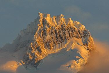 Mountains, Cordillera Paine, Torres del Paine, Torres del Paine National Park, Patagonia, Chile