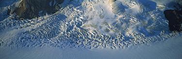 Glacier, St. Elias Mountain, Kluane National Park, Canada  -  Patricio Robles Gil/ Sierra Madr
