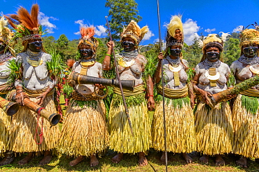 Keas Mama tribe women at sing-sing, Enga Show, Wabag, Western Highlands, Papua New Guinea