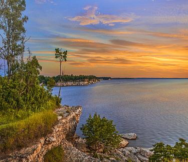 Limestone bluffs, Eisenhower Lake, Eisenhower State Park, Texas