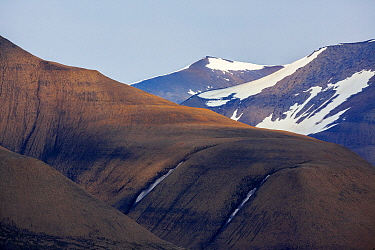 Mountain landscape, Adventfjorden, Isfjorden, Svalbard, Norway
